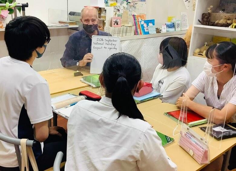 英会話教室「abc shop」の先生と生徒4